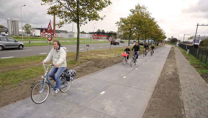 Solaroad, Netherlands, Cycle path, sun, pista ciclabile, Olanda, Close Up Engineering