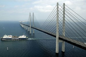Oresund bridge, credits: mensxp.com