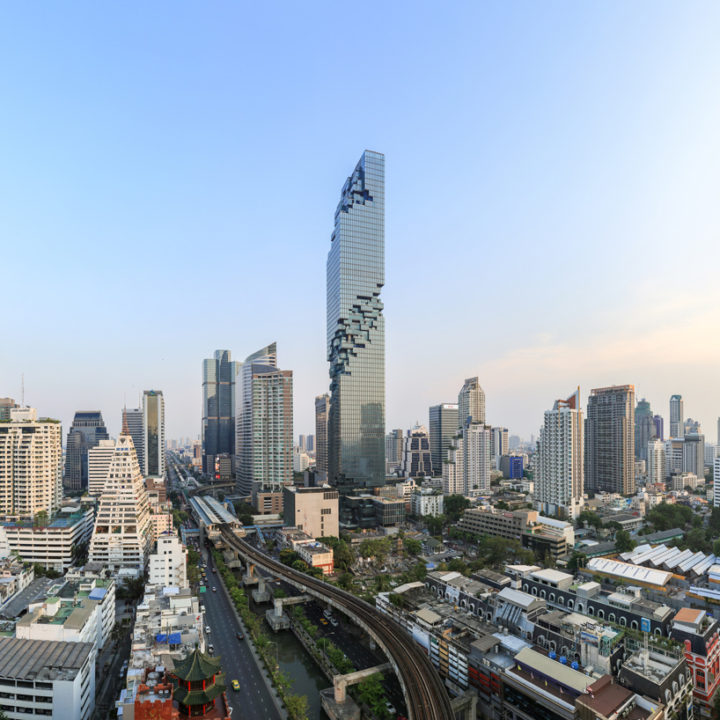 Lo strano grattacielo di Bangkok