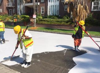 Los Angeles sta dipingendo le sue strade di bianco
